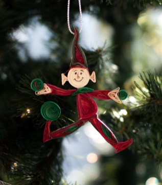 Cute Whimsical Christmas Ornaments Ideas For Your Holiday Decoration 26