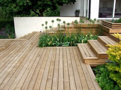 Gorgeous Wooden Deck Porch Design Ideas 06