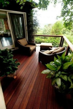 Gorgeous Wooden Deck Porch Design Ideas 44