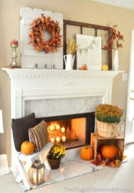 Inspiring Rustic Fall Mantel Decoration Ideas 23