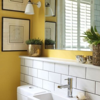 Lovely Sunny Yellow Bathroom Design Ideas 13