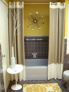 Lovely Sunny Yellow Bathroom Design Ideas 22