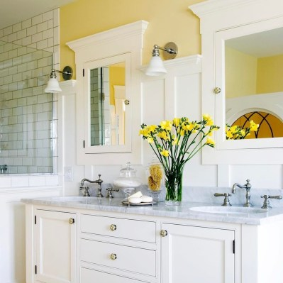 Lovely Sunny Yellow Bathroom Design Ideas 40