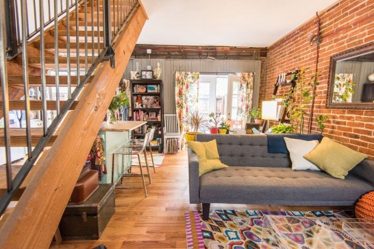 Totally Cool Tiny Apartment Loft Space Ideas 10