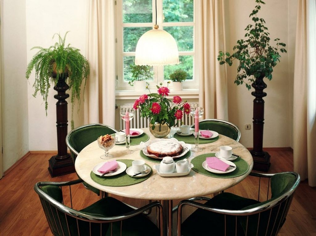 Best Ideas Decorate Dining Room Table Valentines 32