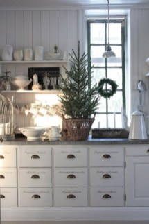 Best Winter Kitchen Decoration Ideas 32