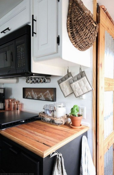 Creative Rv Camper Remodel Ideas You Will Love 28