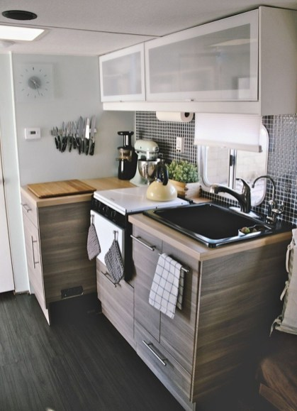 Creative Rv Camper Remodel Ideas You Will Love 31