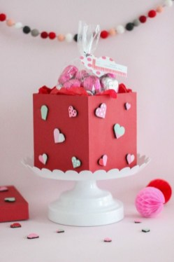 Cute Easy Valentine Candy Decorations 24