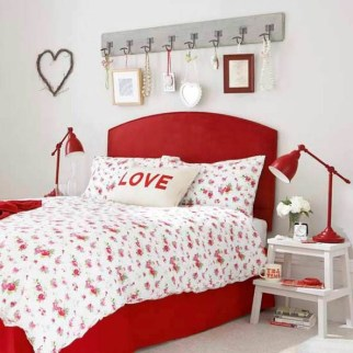 Romantic Bedroom Decorating Ideas For Valentines Day 09