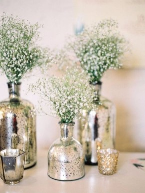 Stylish Winter Centerpiece Decoration Ideas 07