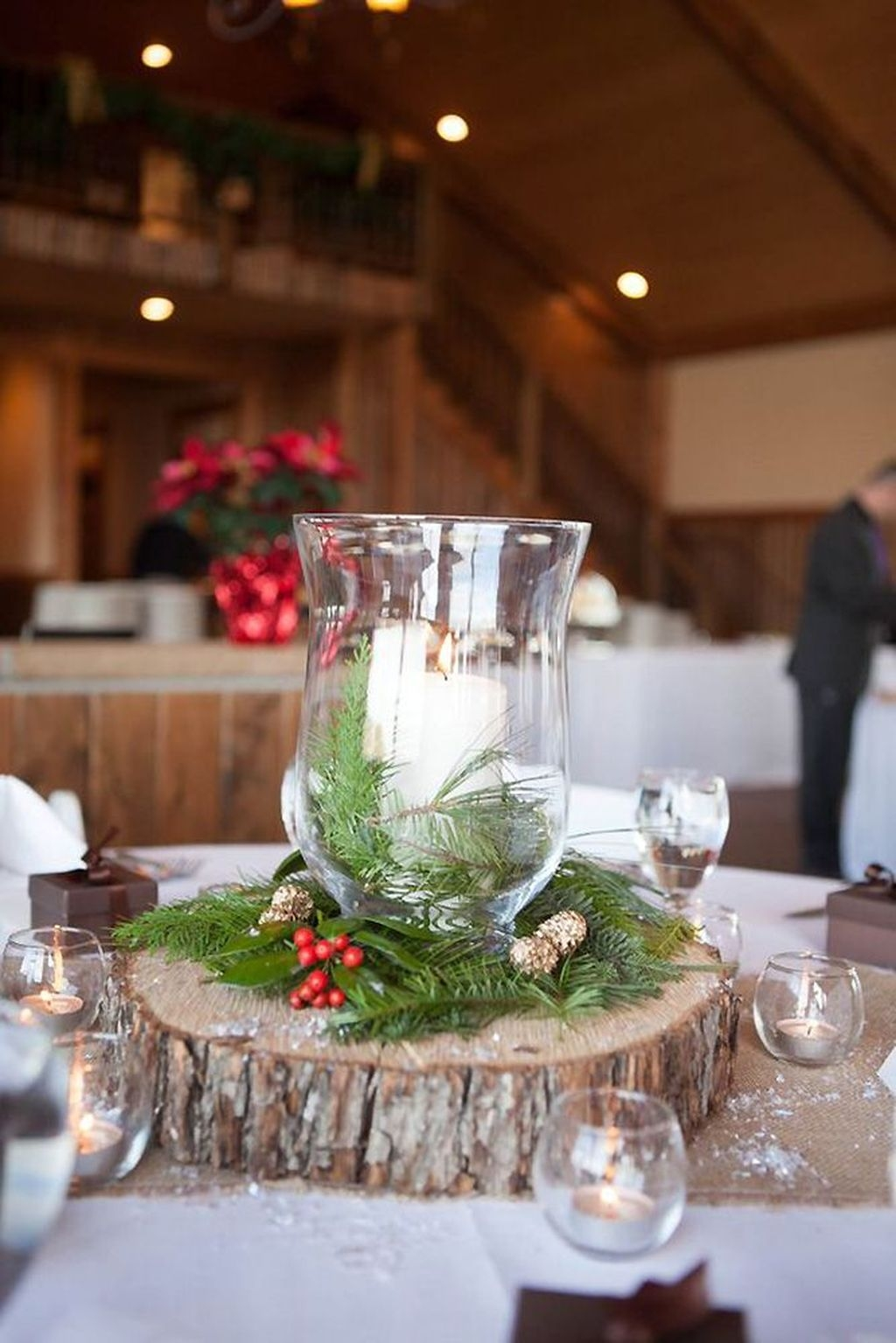 Stylish Winter Centerpiece Decoration Ideas 39