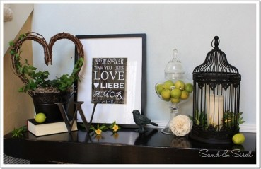 Totally Cool Valentine Mantel Decoration Ideas 29