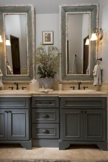 Adorable Modern Farmhouse Bathroom Remodel Ideas 32