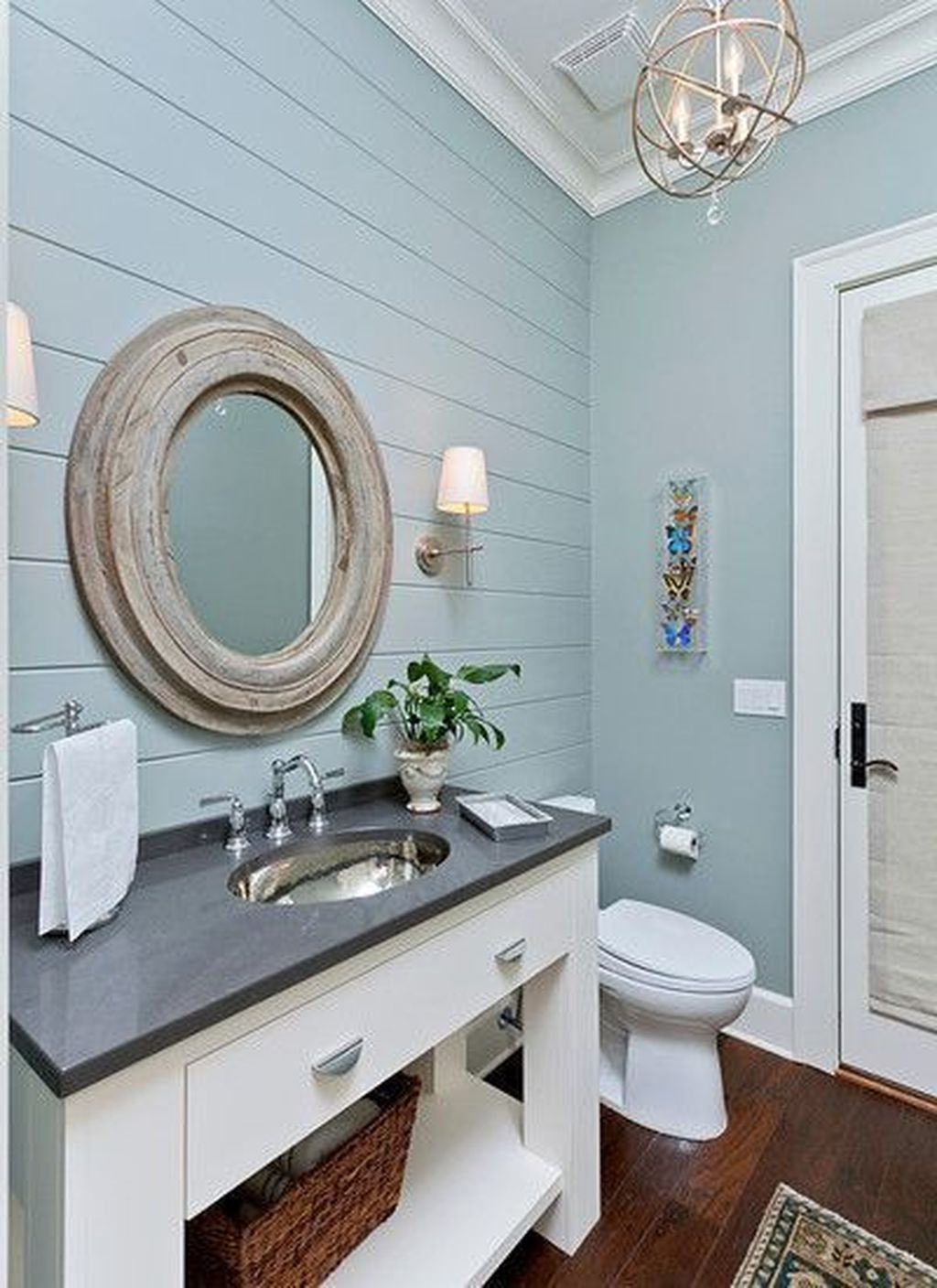 Adorable Modern Farmhouse Bathroom Remodel Ideas 39