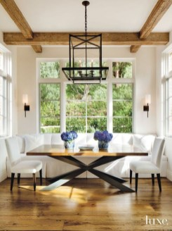 Amazing Rustic Dining Room Table Decor Ideas 05