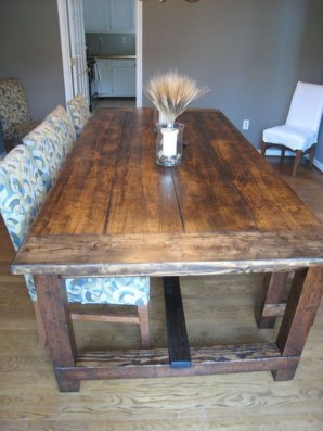 Amazing Rustic Dining Room Table Decor Ideas 15