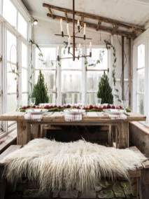 Amazing Rustic Dining Room Table Decor Ideas 31