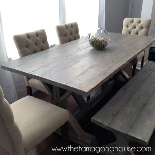 Amazing Rustic Dining Room Table Decor Ideas 59