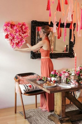 Amazing Valentine Decoration Ideas For Your Apartment 16