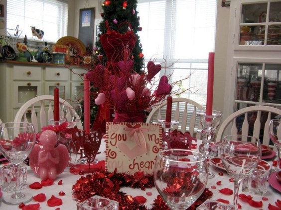 Amazing Valentine Decoration Ideas For Your Apartment 17