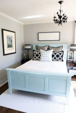 Cool Small Master Bedroom Decorating Ideas 11