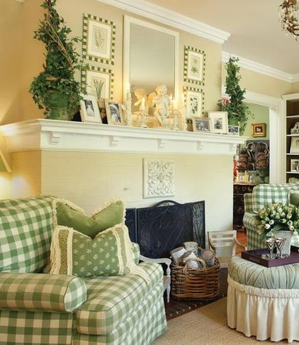 Cozy French Country Living Room Decor Ideas 41