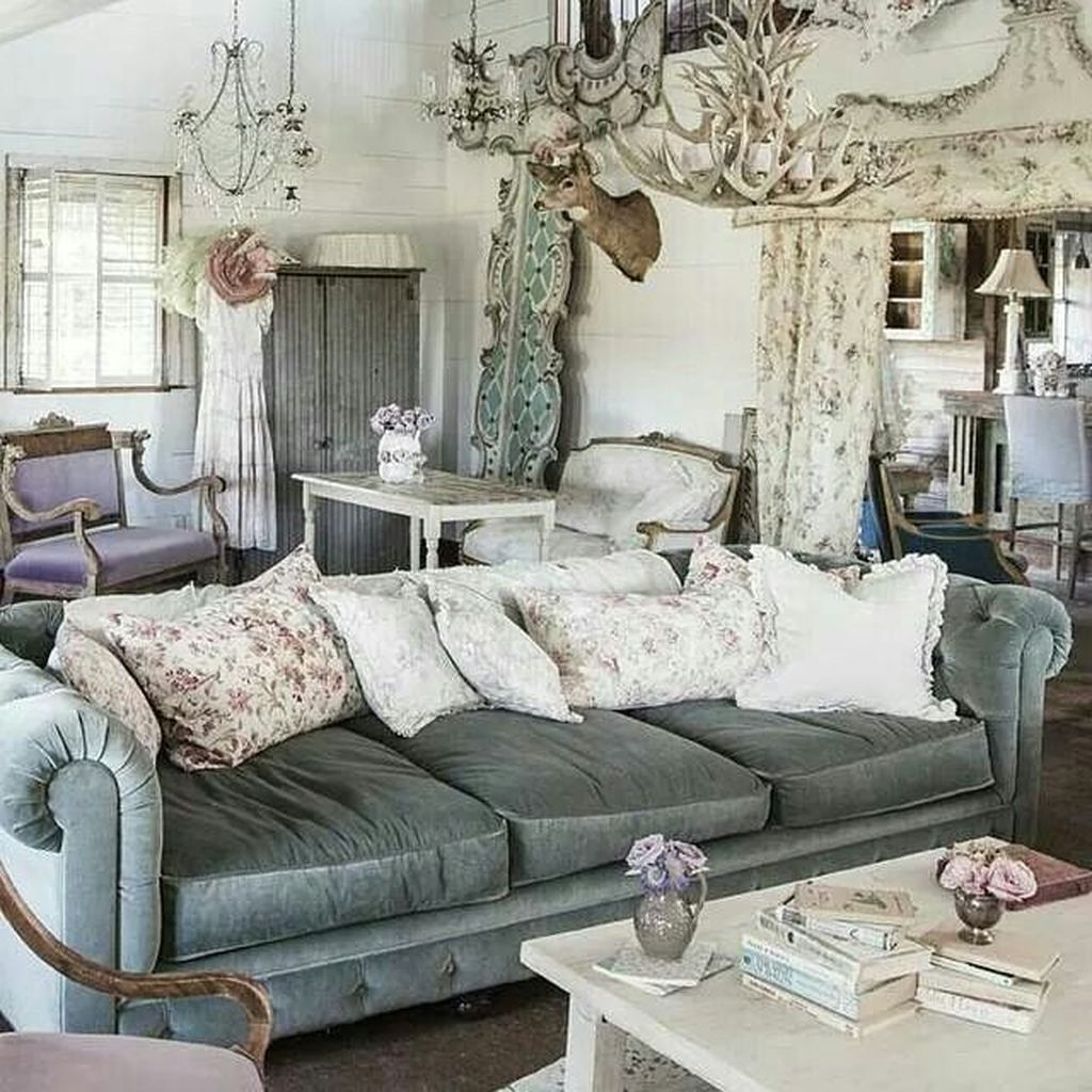 Cute Shabby Chic Farmhouse Living Room Design Ideas 06