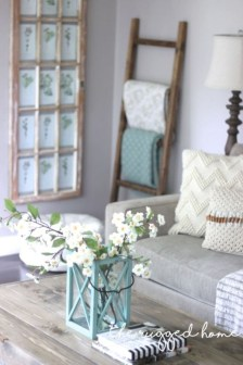 Cute Shabby Chic Farmhouse Living Room Design Ideas 25