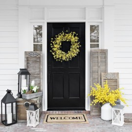 Elegant Farmhouse Front Porch Decor Ideas 11