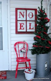 Festive Valentine Porch Decorating Ideas 03