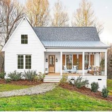 Modern Farmhouse Exterior Designs Ideas 26