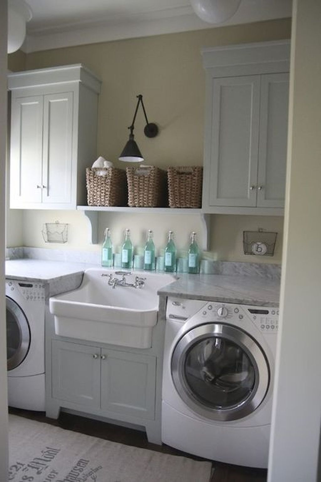 Totally Inspiring Small Functional Laundry Room Ideas 20