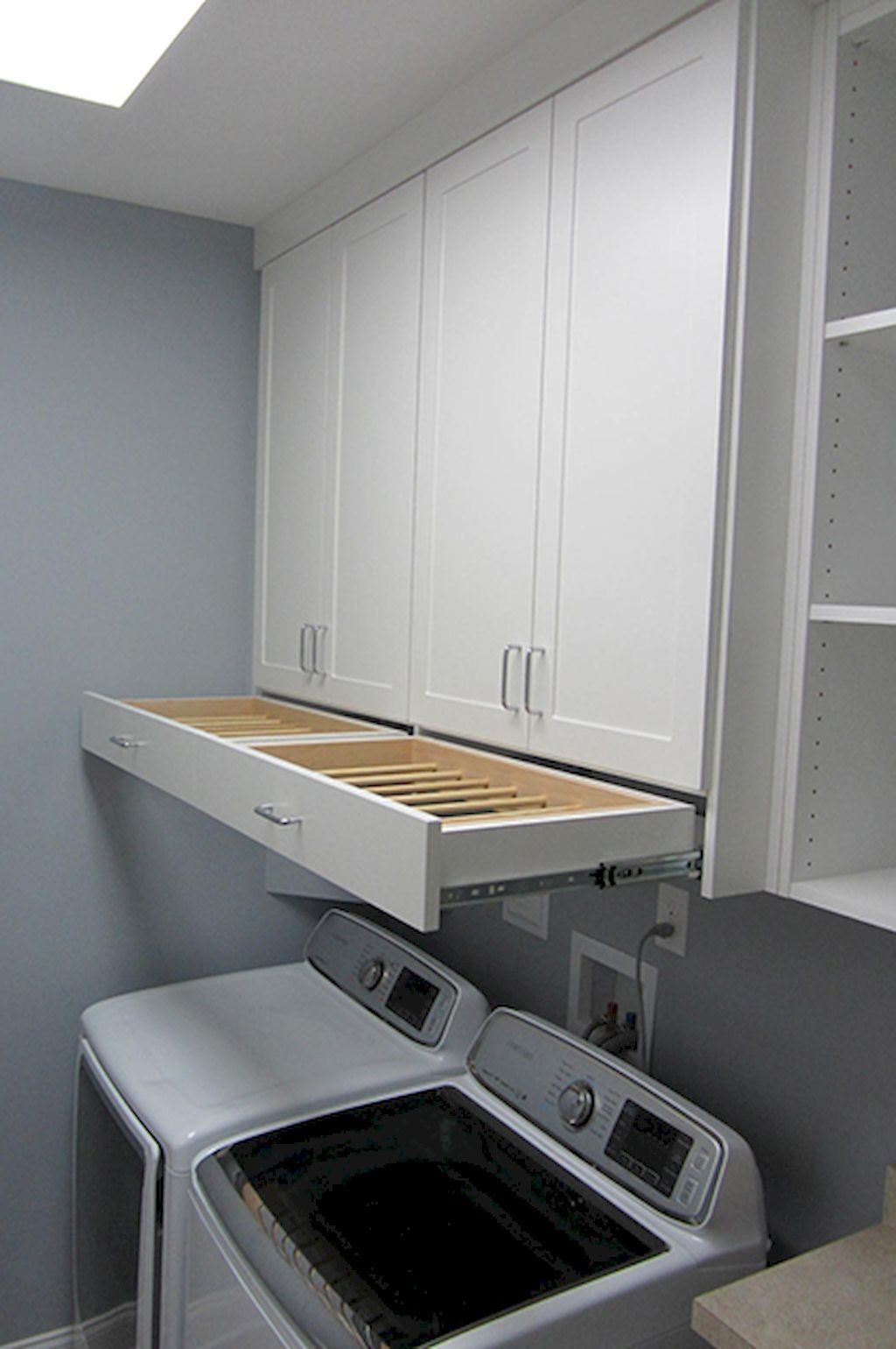 Totally Inspiring Small Functional Laundry Room Ideas 25