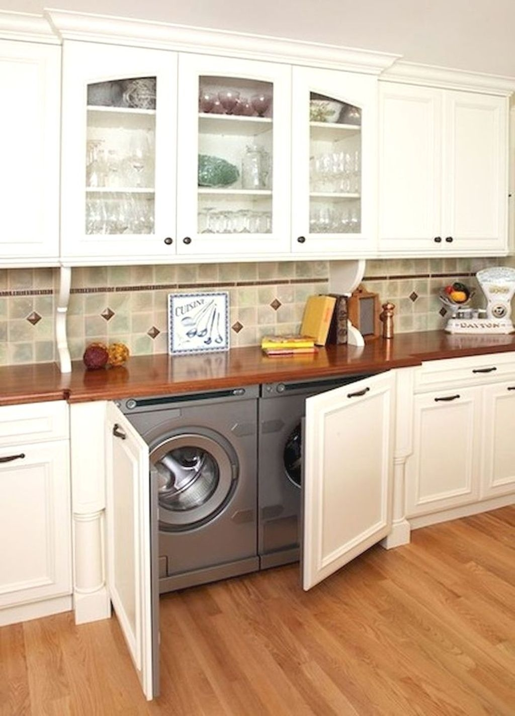 Totally Inspiring Small Functional Laundry Room Ideas 52