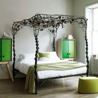 Awesome Canopy Bed With Sparkling Lights Decor Ideas 04