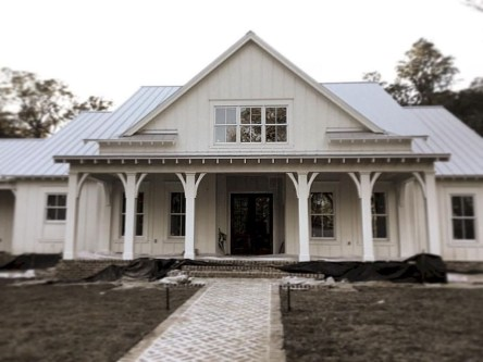 Awesome Farmhouse Home Exterior Design Ideas 47