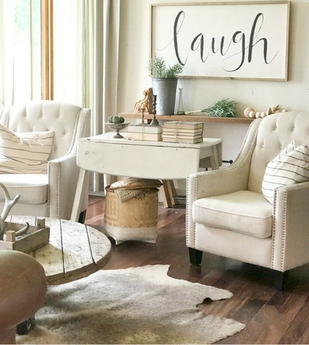 Cute Rustic Farmhouse Home Decoration Ideas 21