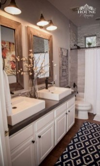 Modern Farmhouse Bathroom Vanity Design Ideas 31