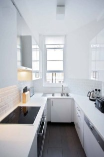 Simple Minimalist Small White Kitchen Design Ideas 43