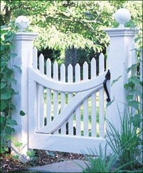 Totally Inspiring Front Yard Fence Remodel Ideas 15