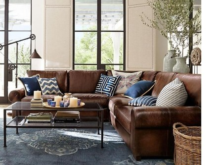 Adorable Decorative Accent Pillows Ideas For Living Room 23