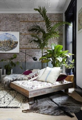Adorable Exposed Brick Walls Bedrooms Design Ideas 34