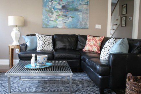 Beautiful Leather Couch Decorating Ideas For Living Room17