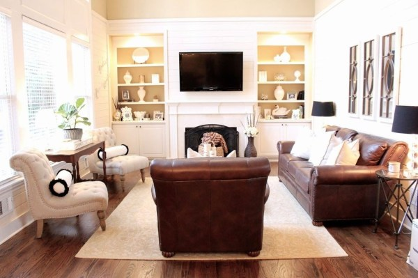 Beautiful Leather Couch Decorating Ideas For Living Room31