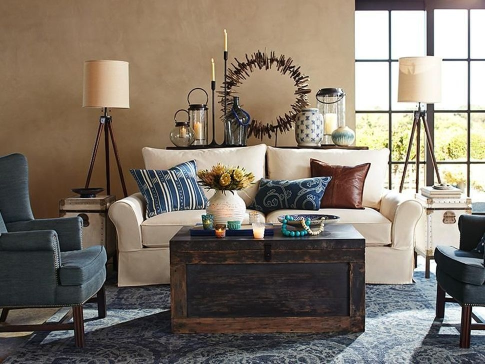 Beautiful Leather Couch Decorating Ideas For Living Room43