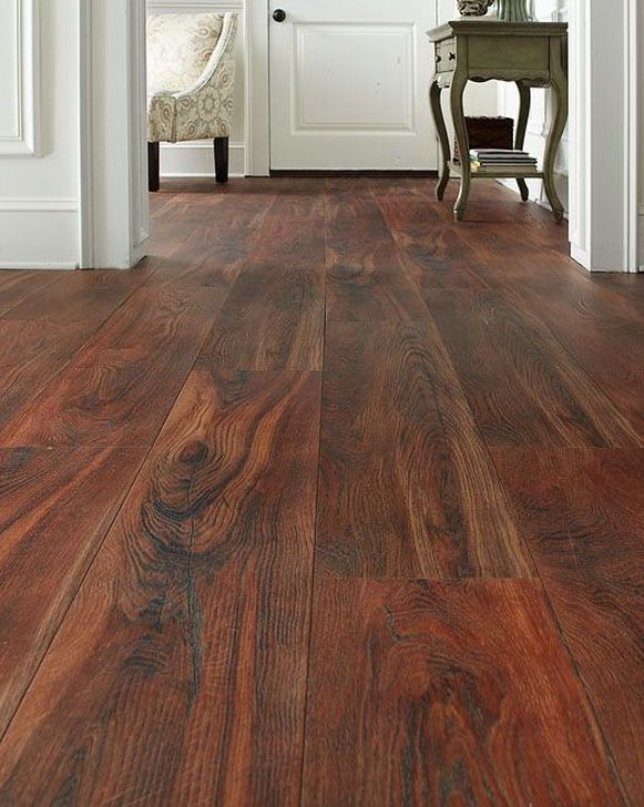 Comfortable Dark Wood Floor Ideas For Small House 25