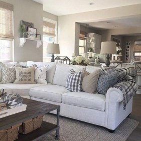 Cozy Modern Farmhouse Style Living Room Decor Ideas 24