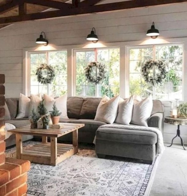 Cozy Modern Farmhouse Style Living Room Decor Ideas 50