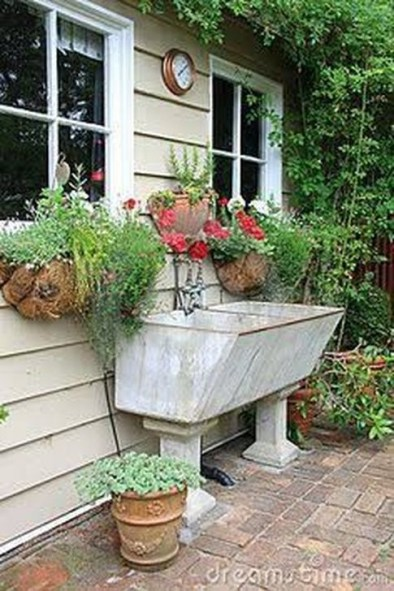 Totally Inspiring Garden Tub Decorating Ideas 32